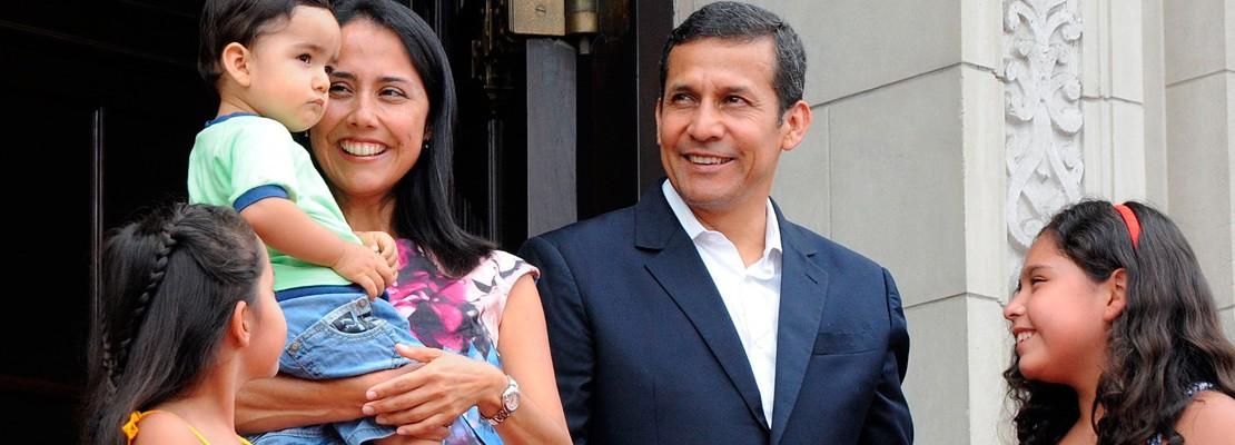 Ollanta Humala dispone que Policía resguarde de por vida a su esposa e hijos